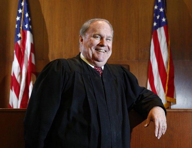 judge-robert-holmes-bell2