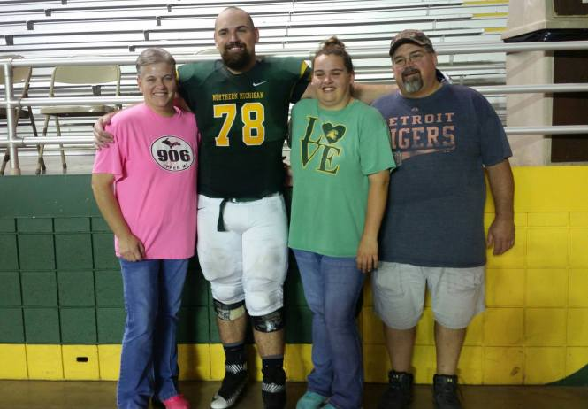 nmu-player-dies-10-fb-with-family