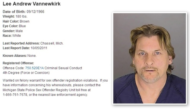 2017-most-wanted-sex-offenders-lee-andrew-vannewkirk-chassell-mi